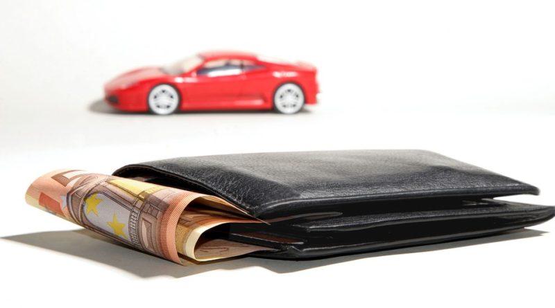 kde se dá půjčit na auto