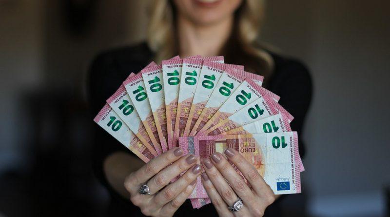 Finanční tipy nejen pro samoživitelky